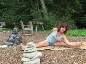 Le-chalet-du-blanc-stage-yoga-2019-min