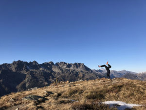 charly-mumure-yoga-stage-avance-le-chalet-du-blanc